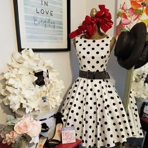 💐Audrey Hepburn Vintage Inspired Swing Dress